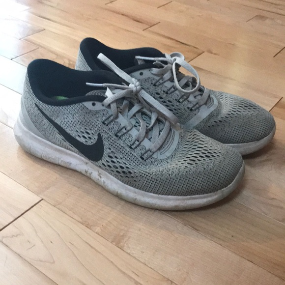 best loved 92bf9 a7511 Women's Nike free run shoes size 6.5